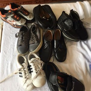 Bundle of 7 pairs of boys shoes